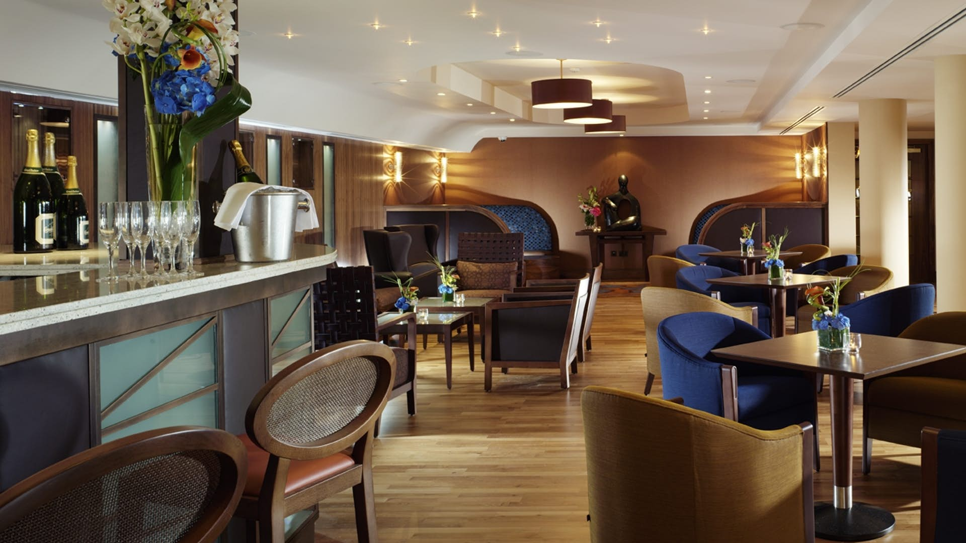 Dining | Royal Garden Hotel