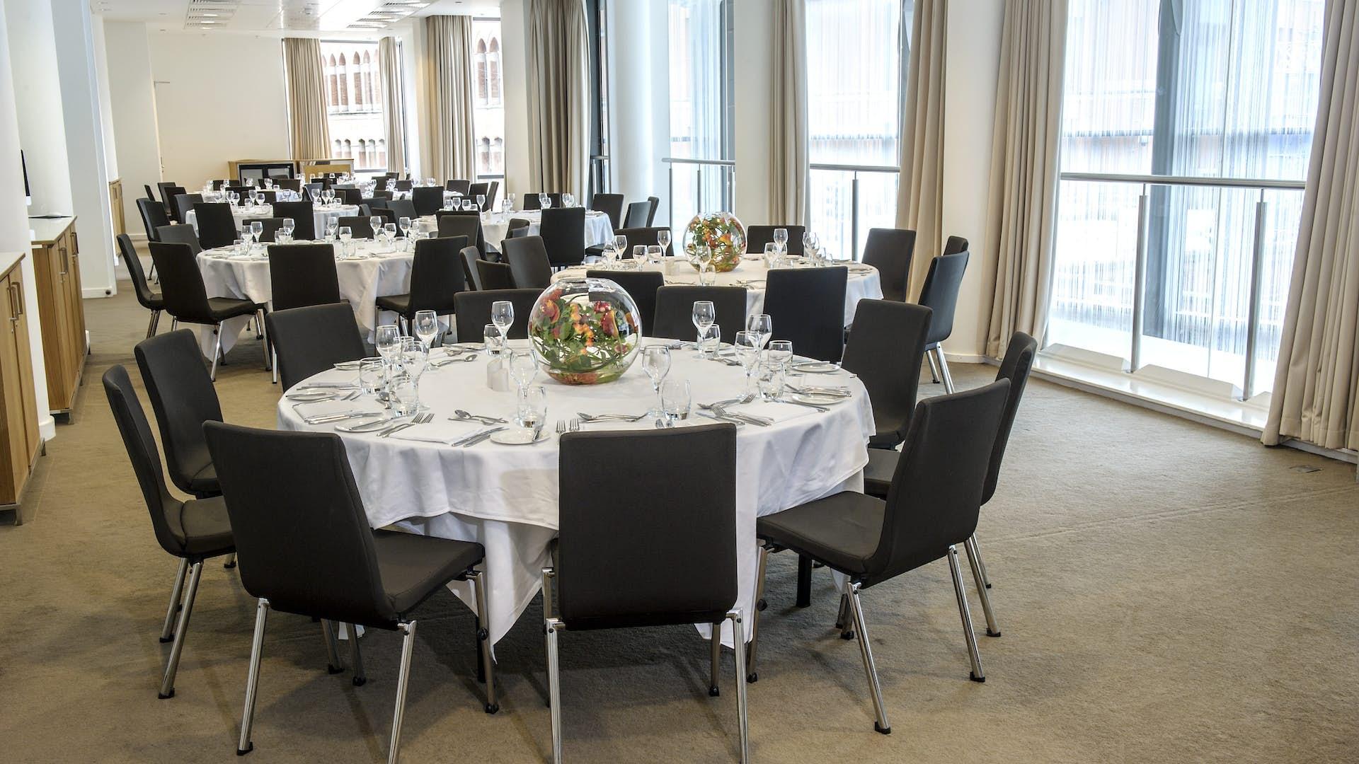 Doubletree Hilton Manchester Room Service Menu