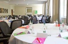 Hire Space - Venue hire Meeting rooms at De Vere Devonport House