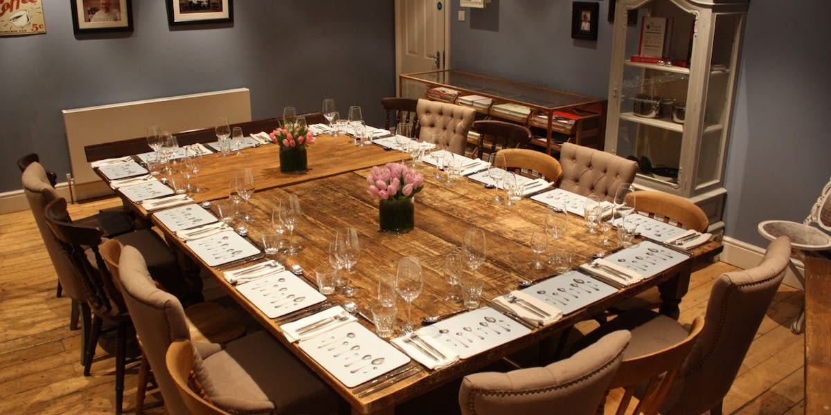 Hire cactus kitchens cookery school for Q dining room london