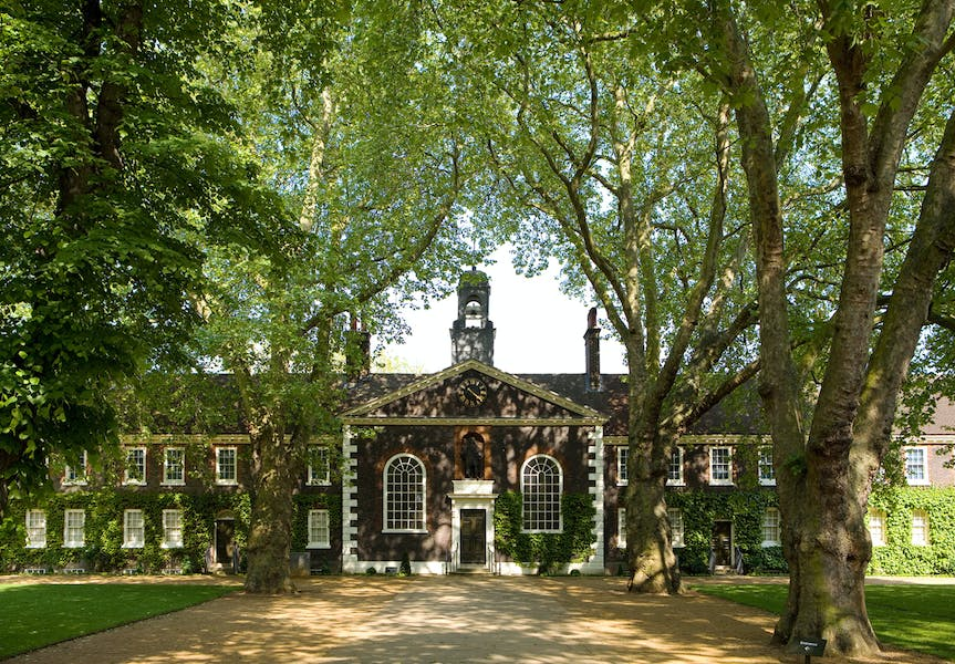 Photo of Front Lawns at Geffrye Museum