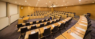 Photo of Edmond Safra Lecture Theatre at Park End Street Venue, Saïd Business School, University of Oxford