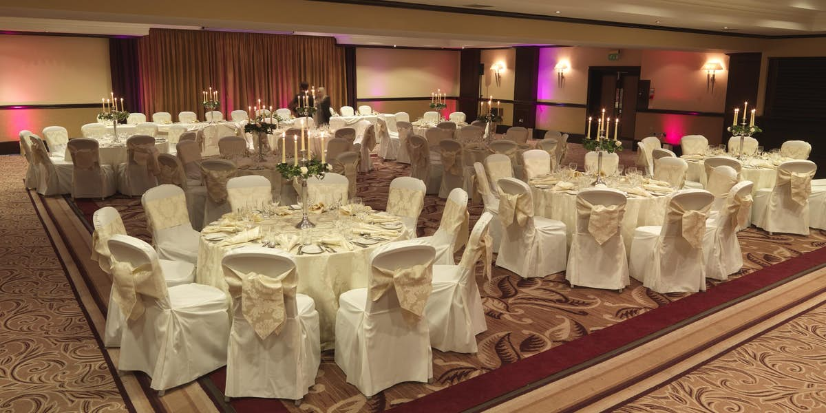 Hire hilton edinburgh grosvenor photo of roseberry suite at hilton edinburgh grosvenor junglespirit Image collections