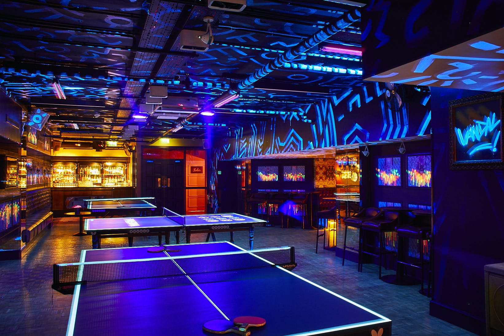 Bounce tables and bar