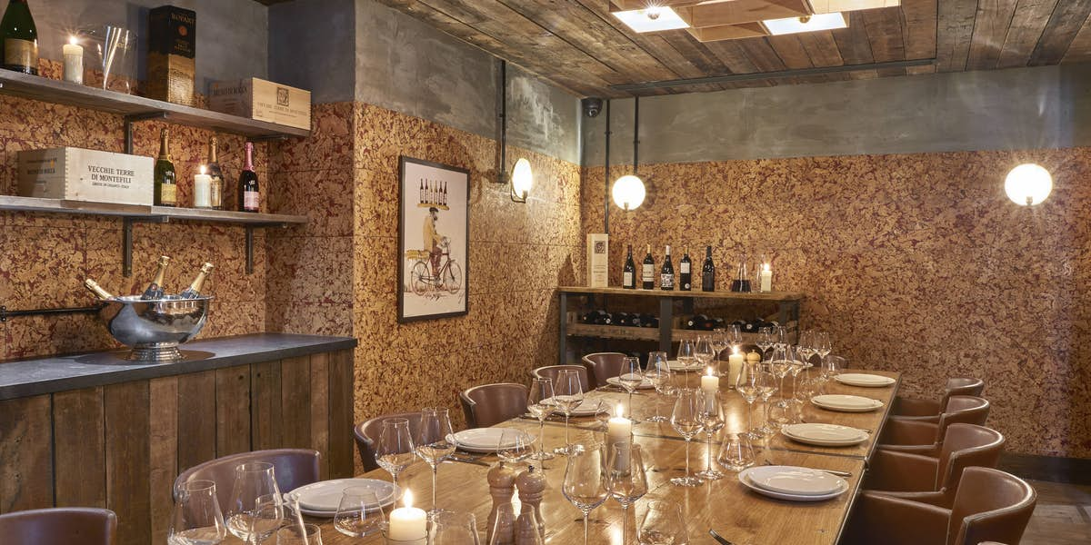 Hire humble grape fleet street for Q dining room london