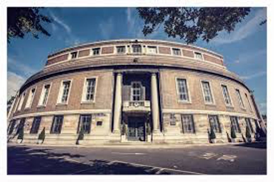 Photo of Assembly Hall at Stoke Newington Town Hall