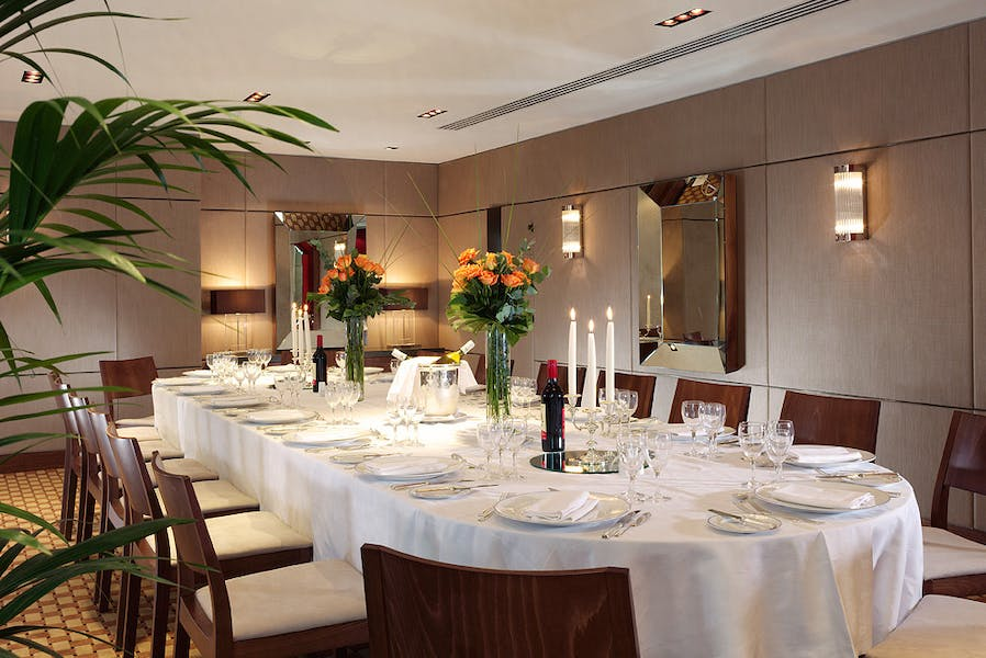 Photo of Chestnut Suite at Royal Lancaster London