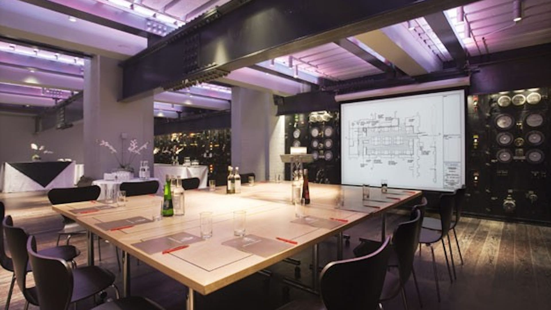 The Harmsworth Room Business Churchill War Rooms