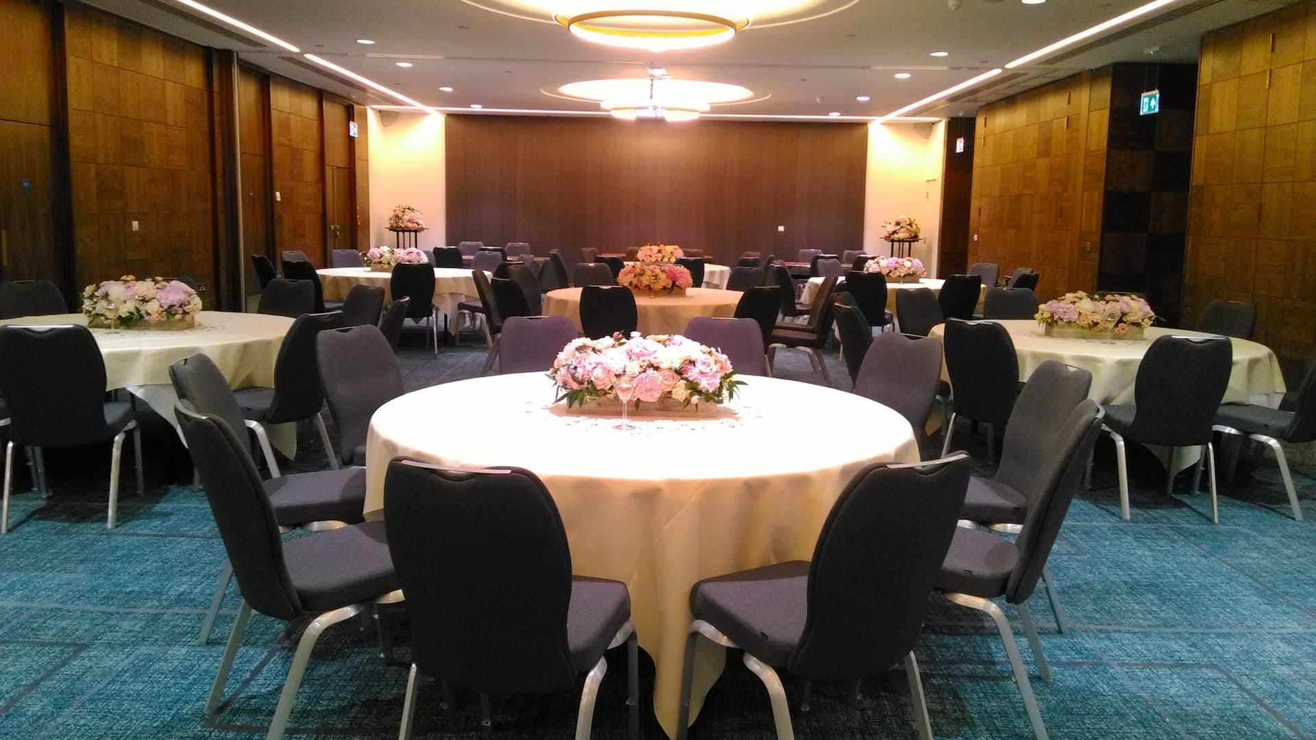 Bloomsbury Suite Weddings Crowne Plaza London Kings Cross