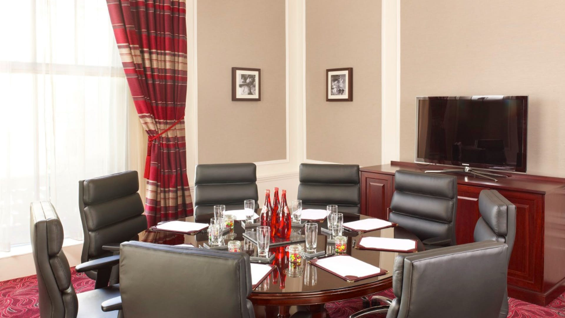 The Scotsman Room
