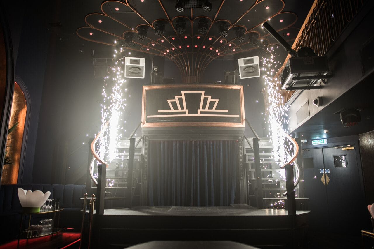 The London Reign Stage