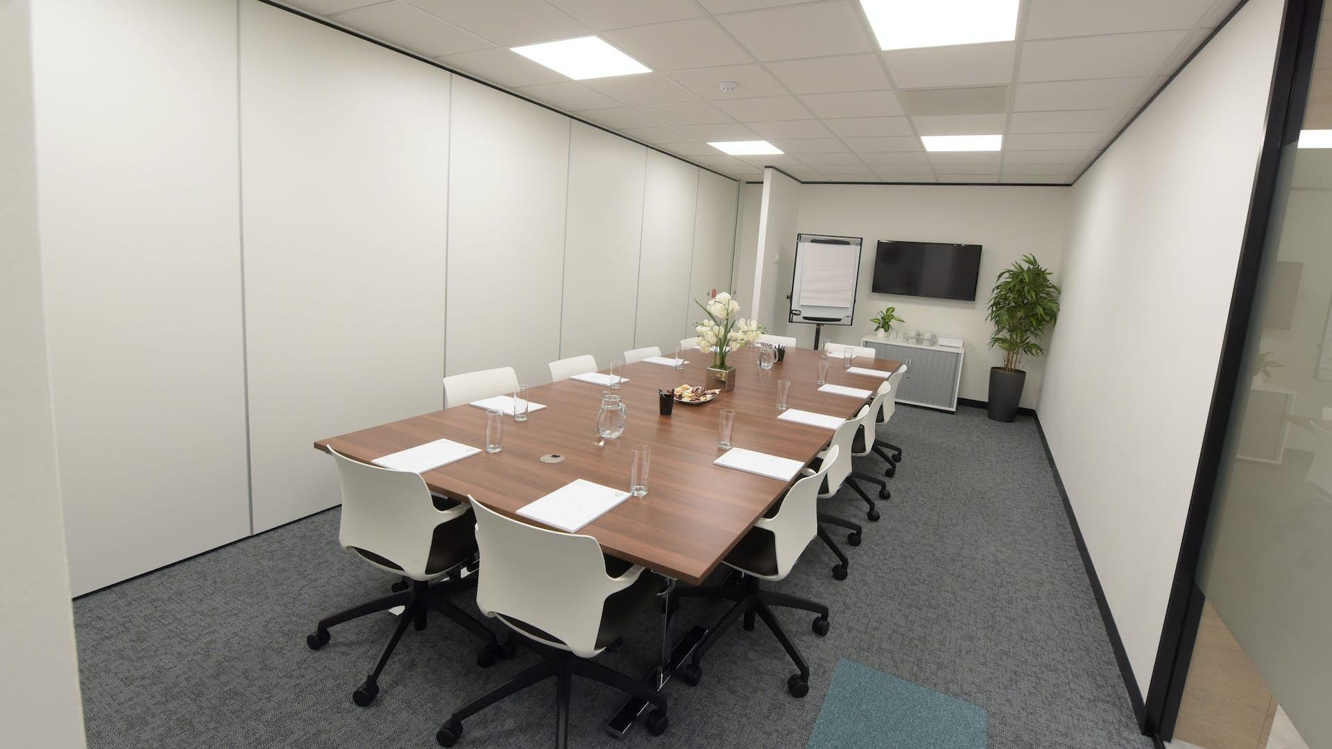 Rooms: Meeting Room 1