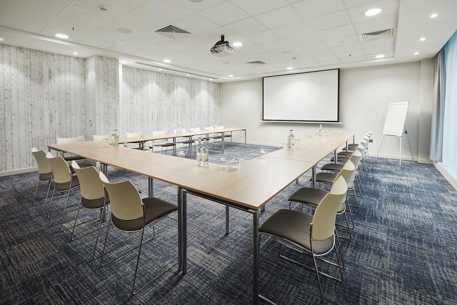 Photo of Meeting Room 8 at Marlin Waterloo