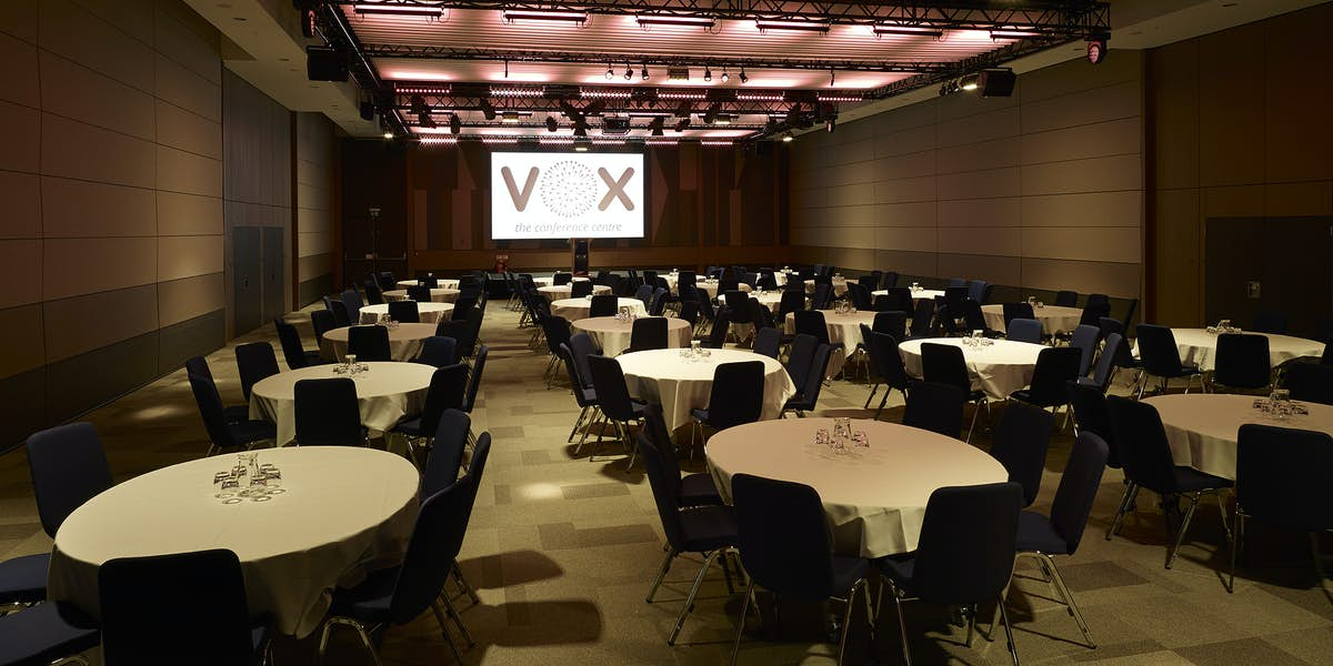 Hire The Vox Conference Centre - Vox conference table