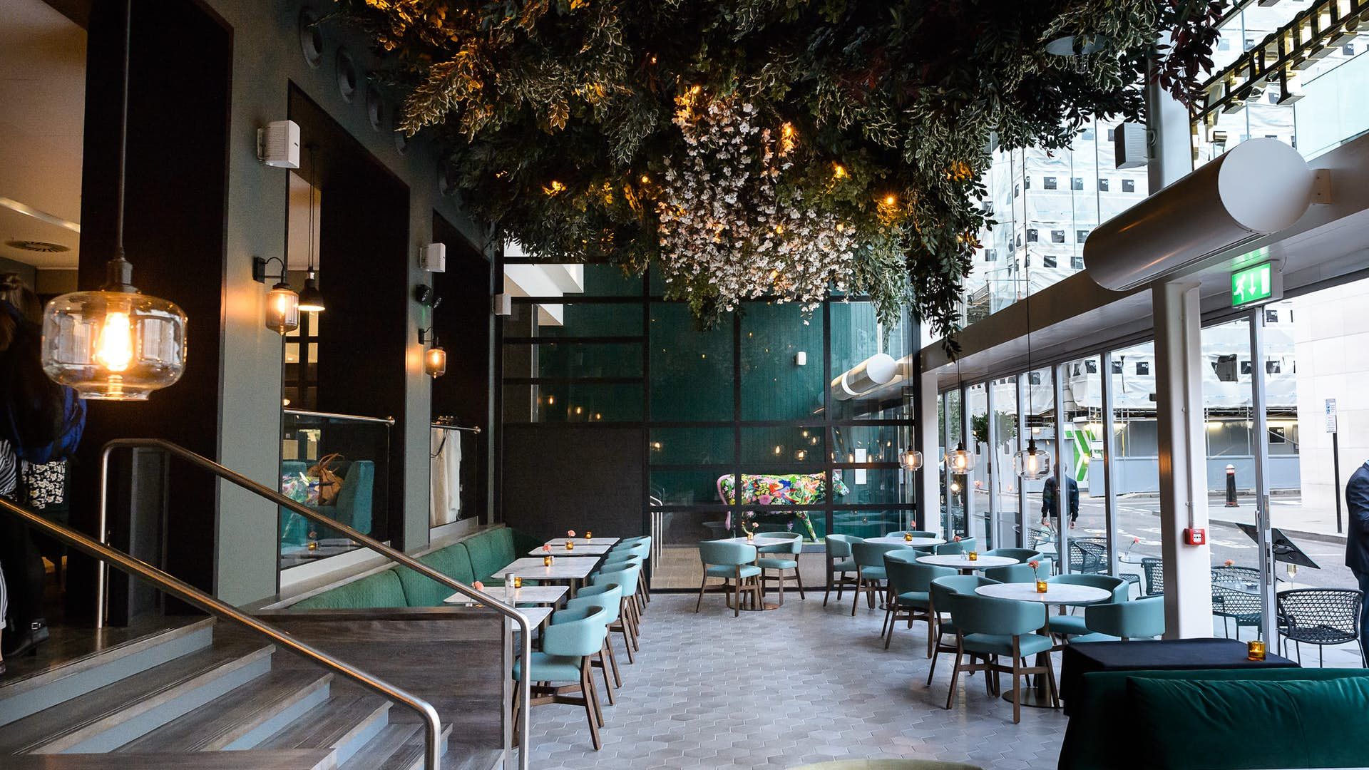 The Lampery Dining Apex City Of London Hotel