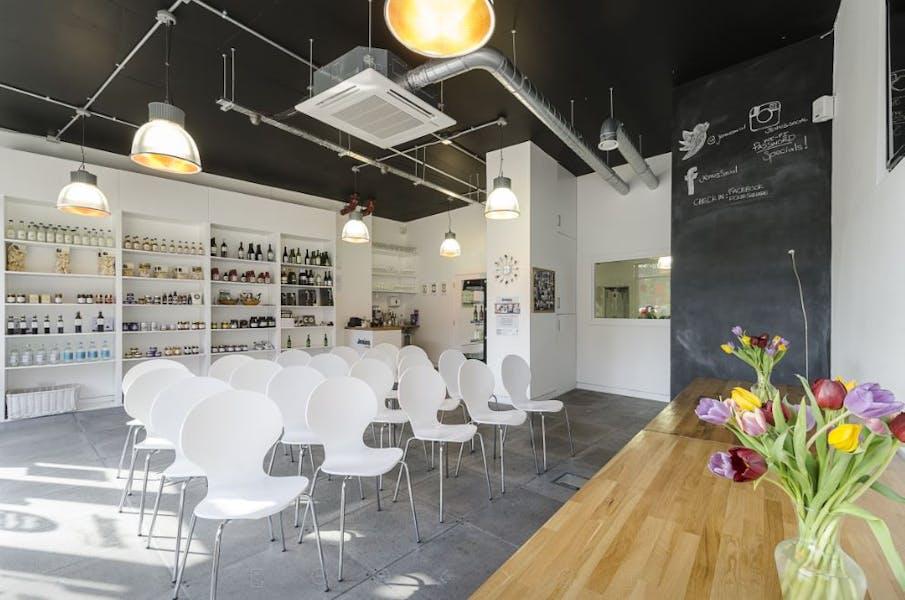 Photo of Whole Venue at Jenius Social