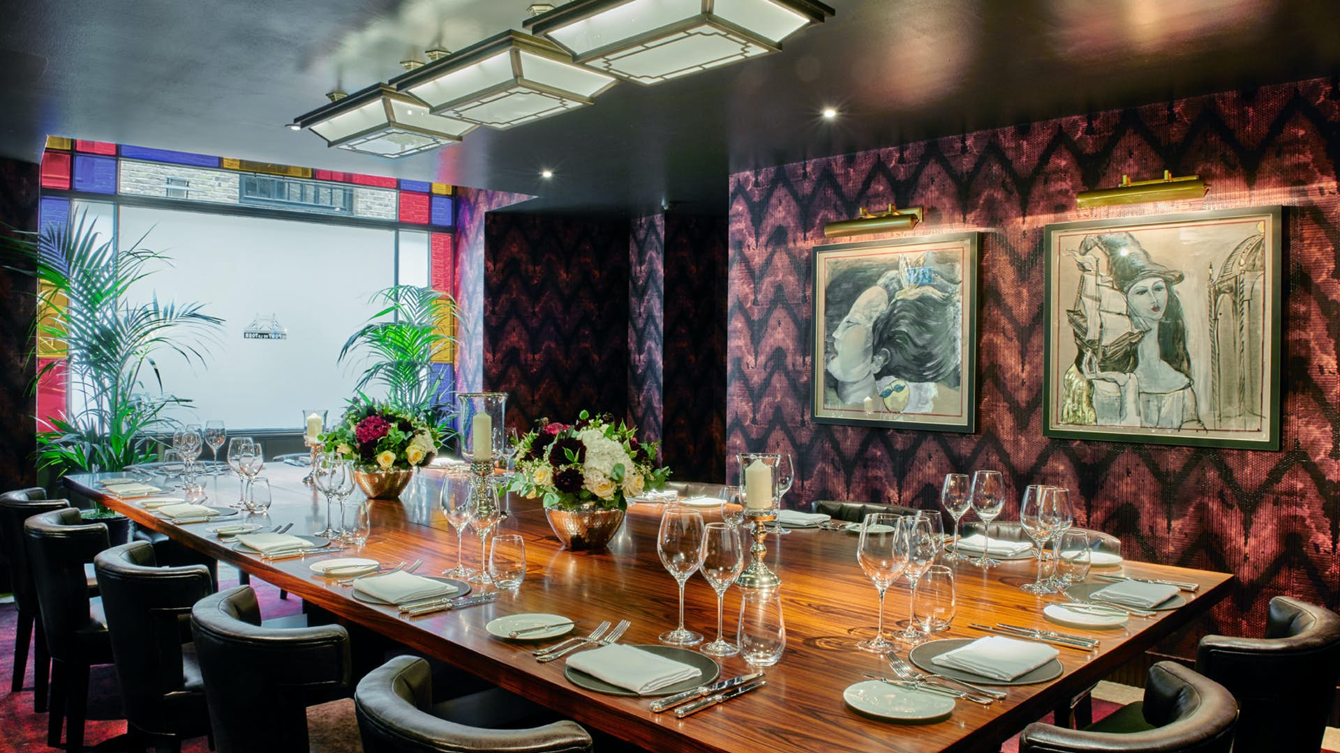 Private dining room dining hire le pont de la tour for Q dining room london