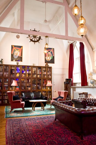 Photo of Club Room at October Gallery
