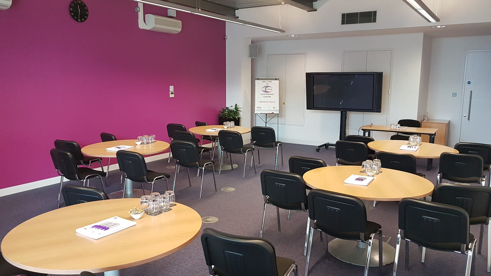 Large Meeting Room | Business | CEME Conference Centre