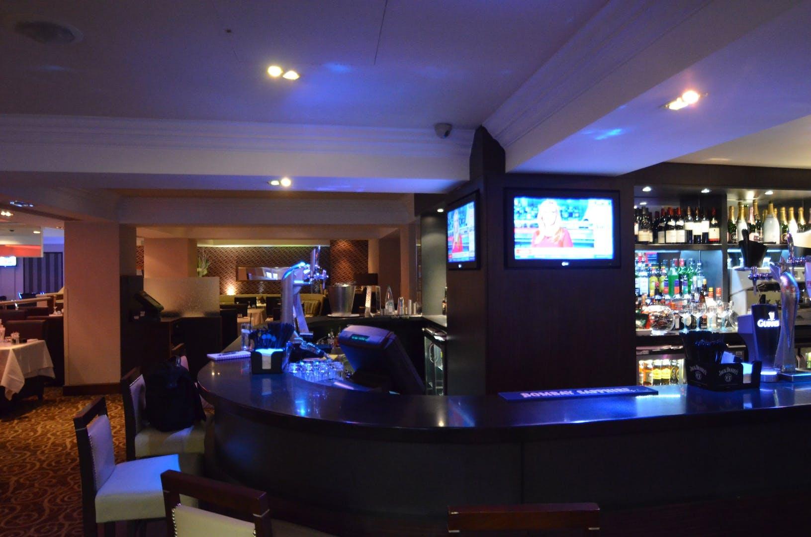 grosvenor casino queensway london