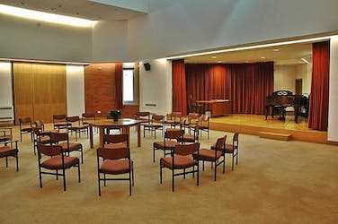 Hire Space - Venue hire Large Meeting Room at Liverpool Quaker Meeting House