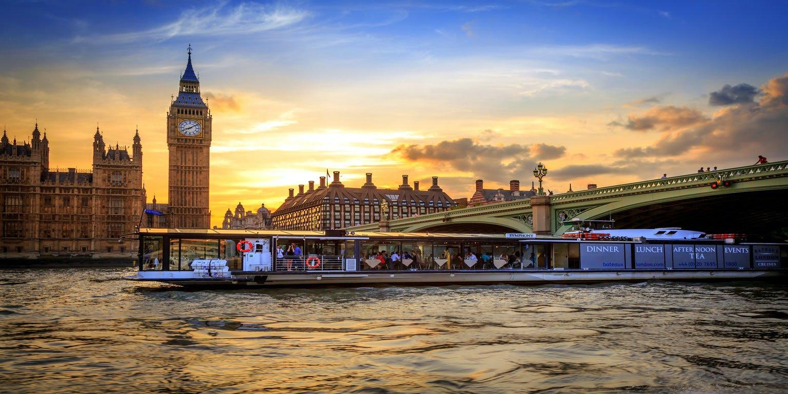 Bateaux Thames Boat Venue