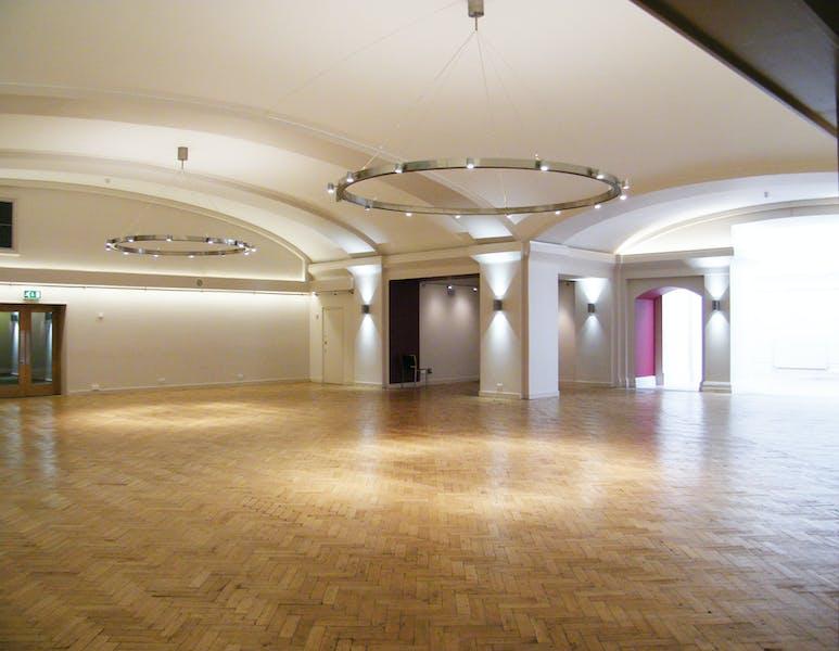 Photo of Aldersgate at Central Hall Westminster