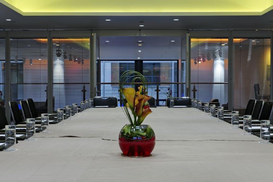 hire grange tower bridge hotel