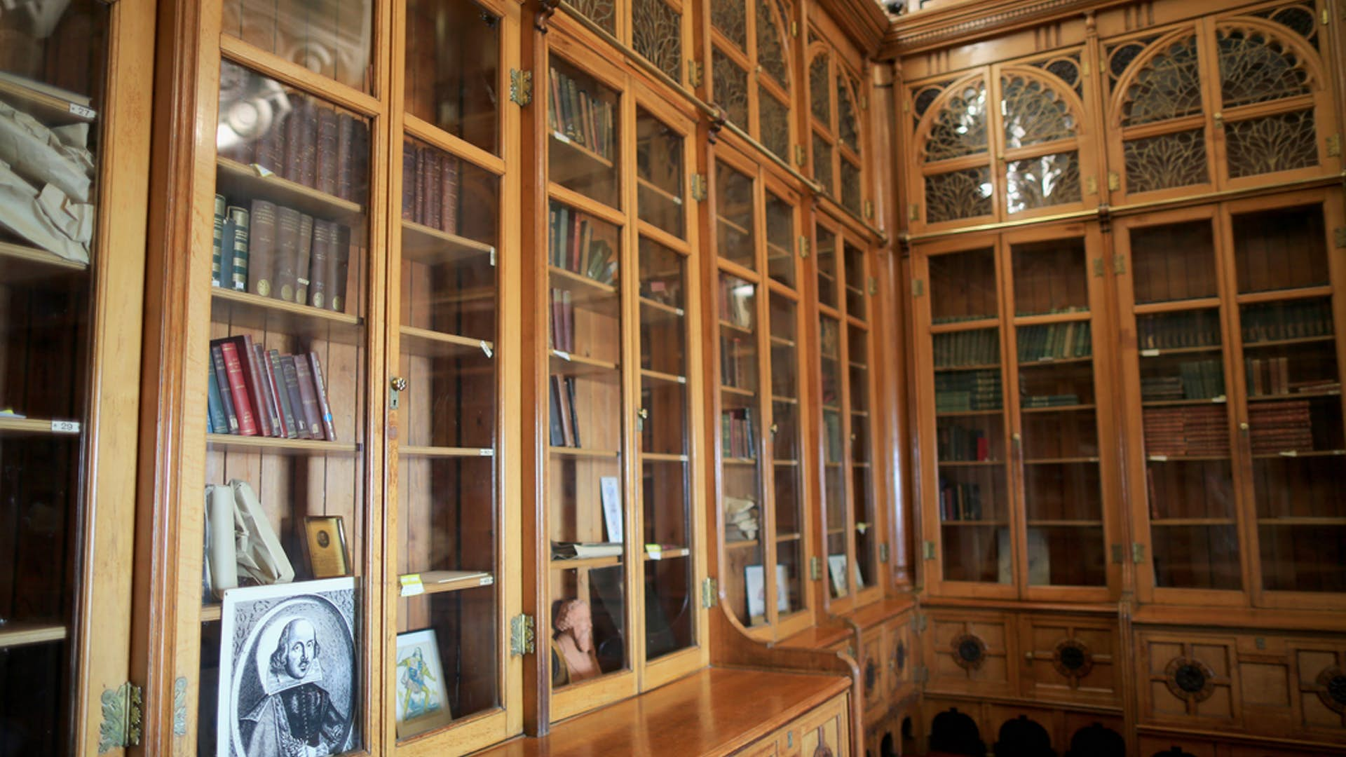 Book A Room In Birmingham City Library