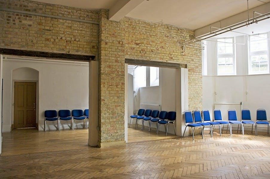 Photo of Arnold Room at Mary Ward House